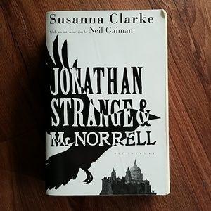 Jonathan Strange & Mr. Norrell book